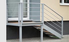hlinikove-schody-so-zabradlim-blog